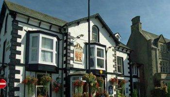 The Queens Pub