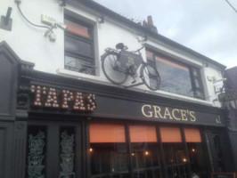Grace's pub