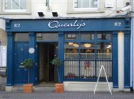Quealy's Bar