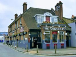 Corner Pin