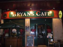 Le Bryan's café